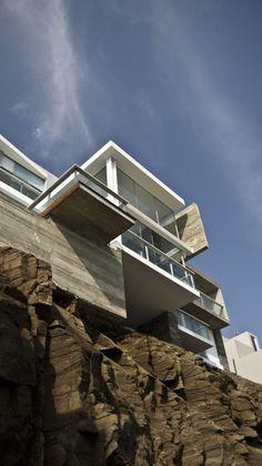 #architecture : Pc House / EDDICO