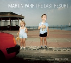 The Last Resort: Photographs of New Brighton: Amazon.de: Gerry Badger, Martin Parr: Englische Bücher
