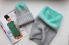 Купить Мятно серый комплект, шапка и снуд, мятный градиент - мятный, серый цвет
