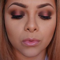 pink/metallic eye makeup
