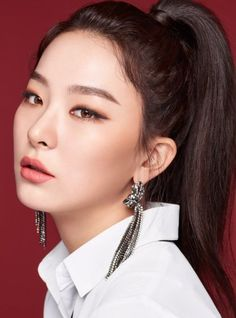 Red Velvet - My bias are Seulgi&yeri Monolid Makeup, Beauty Makeup, Eye Makeup, Hair Makeup, Makeup Style, Red Velvet Seulgi, Red Velvet Irene, Black Velvet, Makeup Inspo