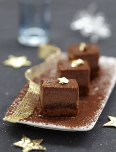 Chocolate cheese cake (in french) - http://www.lexpress.fr/styles/saveurs/recette/cheesecake-au-chocolat-et-a-l-orange-confite_935252.html