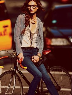Skinny and Tall Models Bike Style, Style Me, Ropa Free People, Huntington Whiteley, Free People Clothing, Cycle Chic, Bicycle Girl, Denim Shop, Girls Weekend