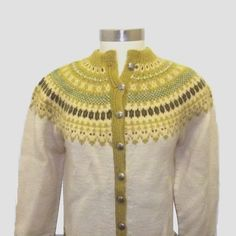 JEEZ that's a complex yoke. Norwegian Knitting, Different Shades Of Green, Silver Buttons, Vintage Knitting, Vintage Sweaters, Bergen, Embroidery Patterns, 1960s, Knitwear