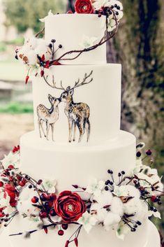 Christmas wedding woodland inspiration - Wedding cake