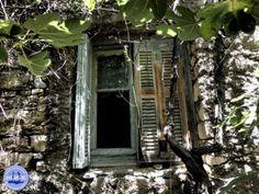 kalami kreta griekenland rondwandelen Greece Today, Heraklion, Crete Greece, Holiday Travel, Photo Book, This Is Us, Medical, Hani, Island