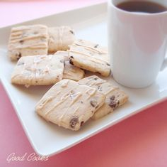 Chocolate Chip Shortbread with Earl – Grey Infused Glaze
