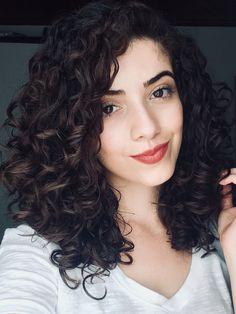 Trendy haircut medium curly hair shoulder length – Hair is art 3a Curly Hair, Haircuts For Wavy Hair, Curly Hair Routine, Curly Girl, Medium Curly Haircuts, Naturally Curly Haircuts, Long Haircuts, Medium Hair Cuts, Medium Hair Styles