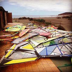 How many sails does a #surfcenter need? @scplayasur #nowind #elmedano #tenerife #windsurf #windsurfing #sails