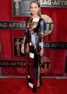 Alicia Vikander no red carpet do SAG Awards 2016