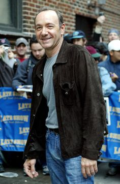 Chasing Spacey Kevin Spacey, Looks Great, Bomber Jacket, Leather Jacket, Celebs, Actors, Denim, Sexy, Jackets