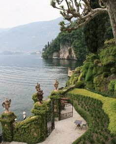 Villa del Balbianello, Comer See, Italien - - Oh The Places You'll Go, Places To Travel, Travel Destinations, Travel Diys, Romantic Destinations, Romantic Vacations, Travel Europe, Travel Usa, Siena Toscana