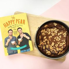 Not a traditional Scottish Burns night recipe but I couldnt resist trying out the Chocolate Mousse cake from @thehappypear cookbook for @mazkew_ Burns night dinner.