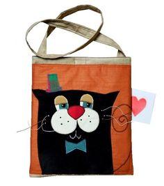 kocia (proj. GOHA), do kupienia w DecoBazaar.com Diy Tote Bag, Reusable Tote Bags, Diy Embroidery Crafts, Animal Bag, Cat Bag, Felt Brooch, Patchwork Bags, Mini Purse, Kids Bags