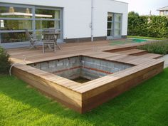 Like this for sand pit that also fits kiddie pool on top of sand - Terrasse ideen - Terrasse Bois - Small Backyard Pools, Backyard Pool Designs, Pergola Designs, Deck Design, Backyard Patio, Backyard Landscaping, Garden Design, Small Backyards, Small Patio