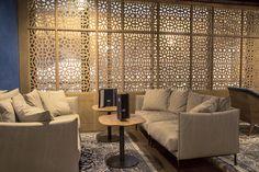 Restaurant Train Bleu, Paris, Gare de Lyon. Salon marocain - par Oranjade Le Train Bleu, World Decor, Moroccan Design, Design Crafts, Valance Curtains, Oriental, Lounge, Couch, Architecture