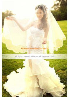Wunderschönes Extravagantes Brautkleid 2013 aus Organza