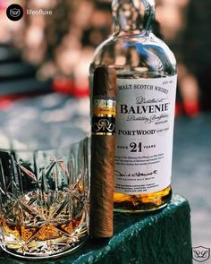 Cuban Cigars, Cigars And Whiskey, Scotch Whiskey, Whiskey Bottle, Coffee With Alcohol, Premium Cigars, Cigar Bar, Cigar Room, Pipes And Cigars