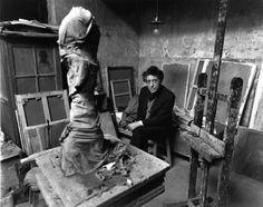 Atelier Robert Doisneau | Site officiel  //  Giacometti rue Hippolyte Maindron, 1957