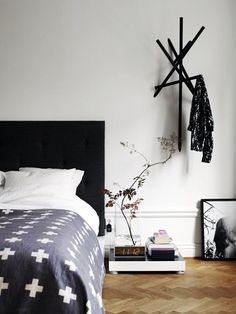40 Cool And Creative DIY Coat Rack Ideas - Bored Art
