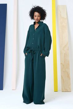 Fall 2014 Trend Report - Runway Fall Fashion Trends 2014 - Harper's BAZAAR.  So slouchy and chic! A x