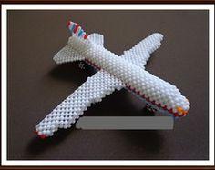 Avião Decorativo de Miçangas