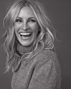 NEW STUNNING INSPIRATION - Million dollar smile! Via @STYLAHOLIK Picture: Julia Roberts By Michelangelo Di Battista #howtochic #ootd #outfit