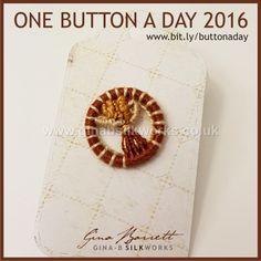 Day 272: Wheatsheaf #onebuttonaday by Gina Barrett