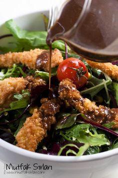 Çıtır Tavuklu Salata ve Ballı Hardallı Sos nasıl yapılır ?  Tarifin püf noktaları, binlerce yemek tarifi ve daha fazlası...