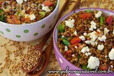 A dica de #almoço é uma Salada de Grão de Trigo com Folhas Verdes e que foi uma deliciosa surpresa para mim ...  #Receita aqui: http://www.gulosoesaudavel.com.br/2013/07/24/salada-grao-trigo-folhas-verdes/
