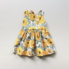 """Are you looking for an easy baby dress pattern or beginners baby romper pattern? OhMeOhMySewing on Etsy is a great place to start! When people ask """"Where did you get that adorable outfit?"""" you can say with pride, """"I made it myself!"""" Sewing Baby Clothes, Baby Clothes Patterns, Easy Sewing Patterns, Clothing Patterns, Baby Romper Pattern, Sundress Pattern, Bohemian Girls, Daisy Dress, Summer Girls"""