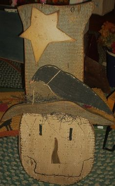 2014 Country Primitive Hand Wood Scarecrow with Star Crow Hat - Vintage Thanksgiving Handmade Sign #2014 #Thanksgiving