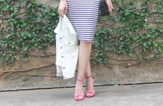 Blog Caca Dorceles. 2014. Details: Zara denim vest + Zara skirt + Schutz shoes + Zara bag.