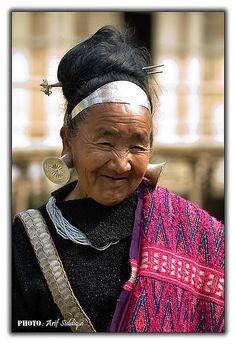 India | Mishimi old woman.  Arunachal Pradesh | ©Arif Siddiqui