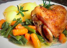 Pečená česneková kuřecí čtvrtka a dušené fazolky s baby karotkou | NejRecept.cz Pork, Food And Drink, Turkey, Menu, Chicken, Recipes, Per Diem, Healthy Food, Pork Roulade
