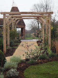 Garden Arches, Hampton Court, Chelsea Flower Show, Garden Paths, Horticulture, The Hamptons, Pergola, Outdoor Structures, Nature