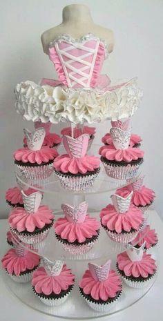 Hermosos pastel y cup cakes de bailarinas de ballet.