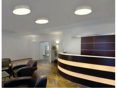 #hanglamp - Hang- en plafondlamp in één. Bevestig de lamp aan ophangkabels of monteer hem direct tegen het  plafond.
