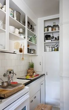 just want an apartment with a simple kitchen because you don't cook much? check livinginchico.com for an apartment that suits you!