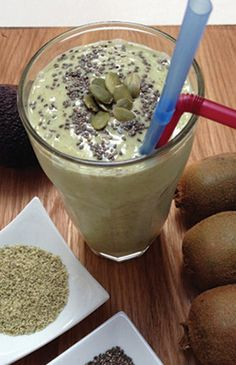 Kiwifruit, avocado and pumpkin seed smoothie - Paleo. From the article 5 tasty whole foods that will add protein to your smoothies. Clean Recipes, Whole Food Recipes, Smoothies, Oatmeal, Avocado, Protein, Seeds, Paleo, Pumpkin