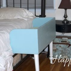 DIY Co-Sleeper... I know I will be too lazy to get up at get the baby in the middle of the night...maybe M can make this for me :)