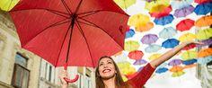 Riciclo creativo: tre idee per inventare oggetti unici con un vecchio ombrello