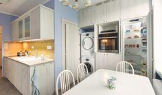 panelákové kuchyně - Hledat Googlem Stacked Washer Dryer, Washer And Dryer, Kitchen Appliances, Charlotte, Home Decor, Diy Kitchen Appliances, Home Appliances, Room Decor, Washing Machine And Dryer