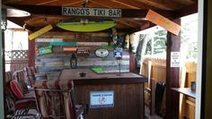 Pallet bar wall &  pallet signs
