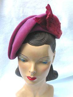 40's 50's Vinatge Plum Clor Asymmetrical Hat with Featehrs Roberta Bernay 23 Large