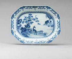 Travessa em porcelana Chinesa de Cia das Indias do sec.18th, Periodo Qianlong, 37cm, 1,470 USD / 1,350 EUROS / 5,970 REAIS / 9,710 CHINESE YUAN soulcariocantiques.tictail.com