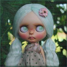 Grumpy but also as sweet as sugar. That's why her name is SugarMint💖💚✨#poonchaya #poonchayacustom #customblythe #blythecustom #blythe #thepumpkinbelle