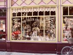 The Fallen Angels  Jan Breydelstraat 29-31 in Ghent  Lovely shops from my mother and sister