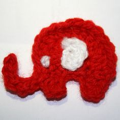 This cute little elephant is perfect as an applique for hats and scarfs.  FREE PDF 12/14.