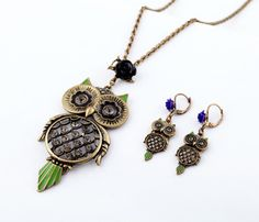 The retro owls Ms. necklace earrings factory direct,cheap shop at : http://costwe.com/index.php?main_page=advanced_search_result&keyword=OWL&inc_subcat=0&search_in_description=0&sort=20a&page=3